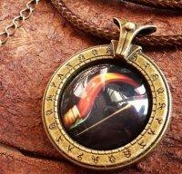Медальон World of Warcraft  класс охотник Hunter (Металл + стекло)